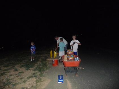 Fireworkspreparation_2