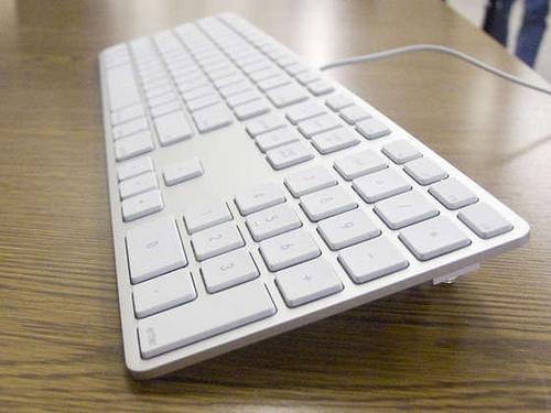 AppleKeyboard3.jpg by you.