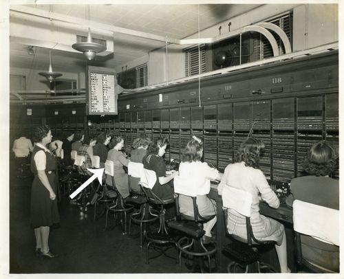 1943GenevaTelephoneOperator